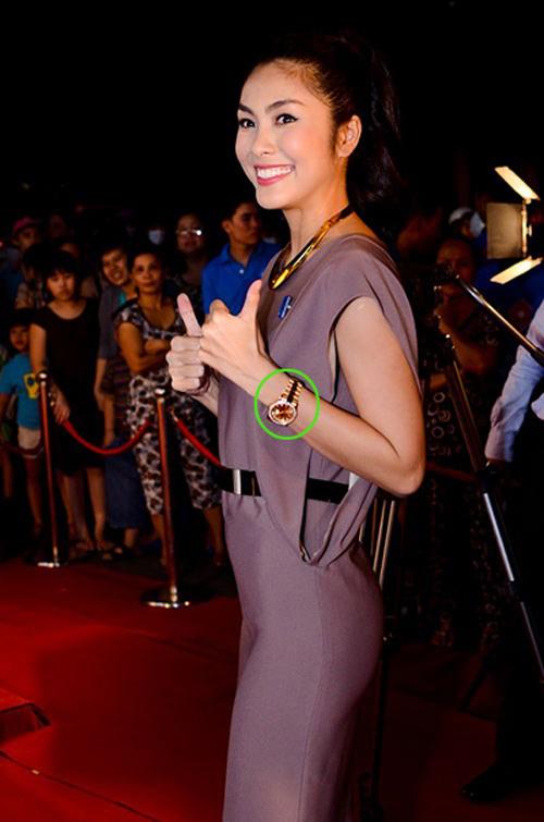 Choáng với những món quà xa hoa của 7 mỹ nữ Việt - 7