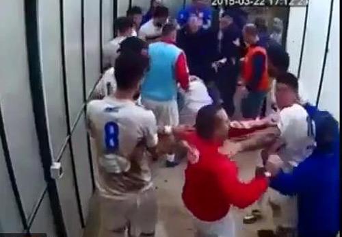 Italia chấn động: Cầu thủ hỗn chiến, 59 án treo giò - 1