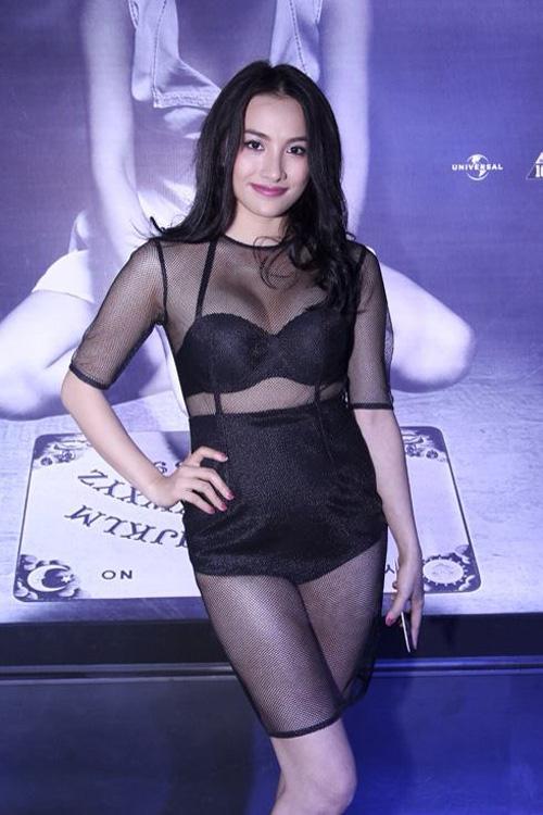 Muôn kiểu mặc xấu của nghệ sĩ Việt - 9