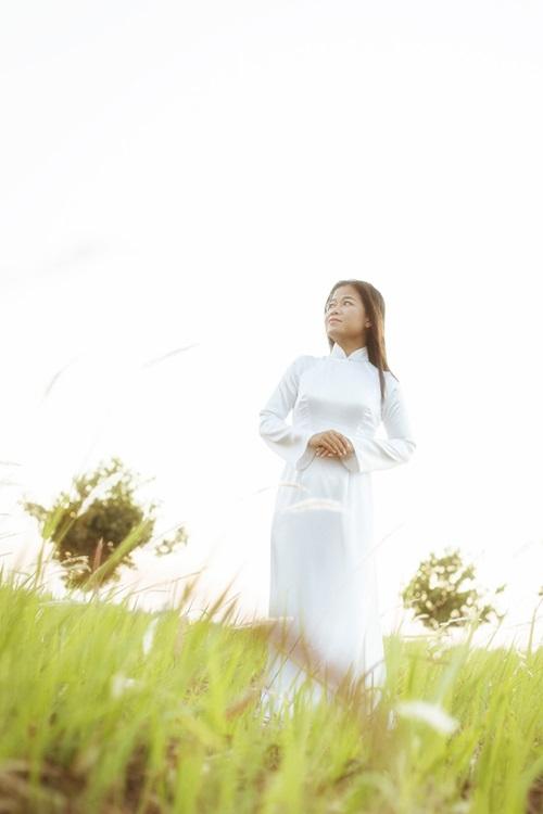 Con gái Hoài Linh lọc thận mỗi ngày để sống và hát - 1