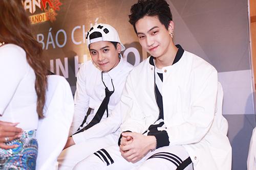 EXO nói tiếng Việt, Sistar hát Hello Việt Nam - 14