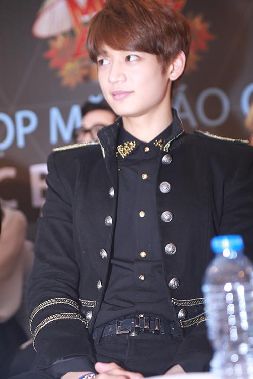 EXO nói tiếng Việt, Sistar hát Hello Việt Nam - 15
