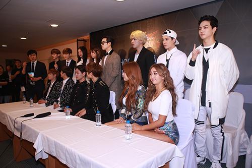 EXO nói tiếng Việt, Sistar hát Hello Việt Nam - 18