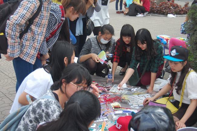 Fan Việt xếp hàng dài vào xem thần tượng - 3