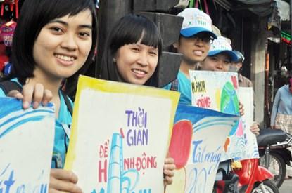 Chùm ảnh: Người Sài Gòn tắt xe máy bảo vệ môi trường - 1
