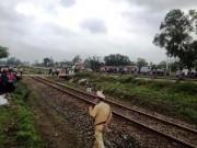 Thương tâm: Hai chị em bị tàu hỏa tông tử vong