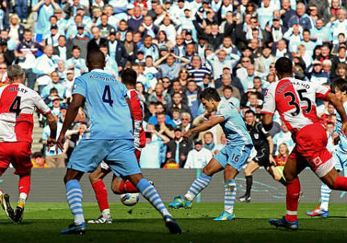 """Suarez """"cắn càn"""" lọt top 10 khoảnh khắc gây sốc NHA - 5"""