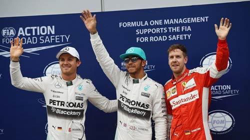 Phân hạng Malaysian GP: Hamilton đoạt pole trong mưa - 1