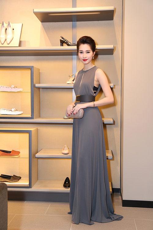 Tóc Tiên nổi bật với váy xuyên thấu, tóc bạch kim - 6