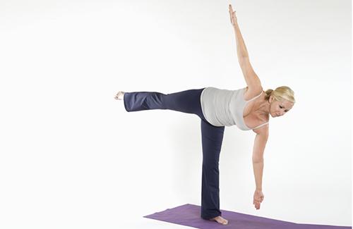 10 bài tập yoga giúp vòng 3 tròn chắc - 4