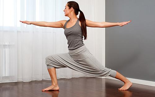 10 bài tập yoga giúp vòng 3 tròn chắc - 10