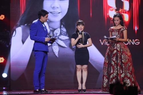 """Việt Hương cover """"Vũ điệu cồng chiêng"""" của Tóc Tiên - 4"""
