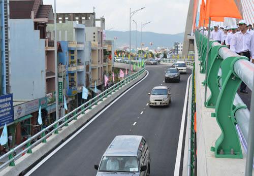 Chính thức thông xe cầu vượt 3 tầng đầu tiên ở Việt Nam - 3