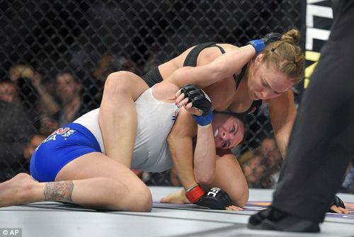 Rousey phản đối trọng nam khinh nữ ở UFC - 2