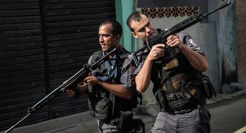 Brazil: Cảnh sát đấu súng với tội phạm, 11 người chết - 1