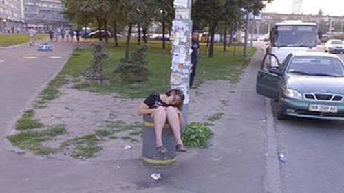 """""""Bó tay"""" với những cô nàng say xỉn - 3"""