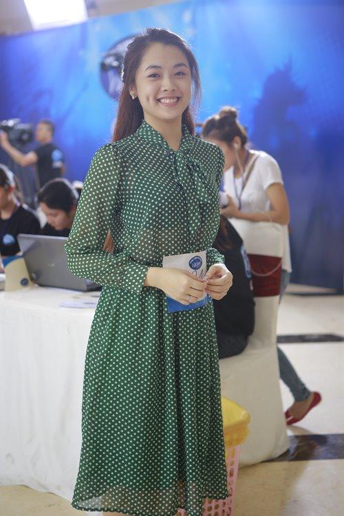 """Hàng ngàn thí sinh vẫn dự tuyển mặc """"số phận"""" VN Idol - 13"""