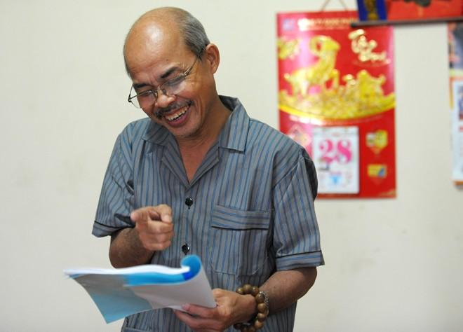 Nghệ sỹ Hán Văn Tình tập kịch ở nhà sau điều trị ung thư - 11