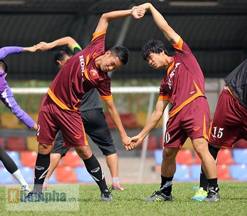 """Xem Tuấn Anh, Văn Toàn...tập """"bắn"""" chờ U23 Macau - 5"""