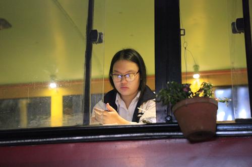 Khám phá quán cà phê trên xe buýt độc nhất HN - 3