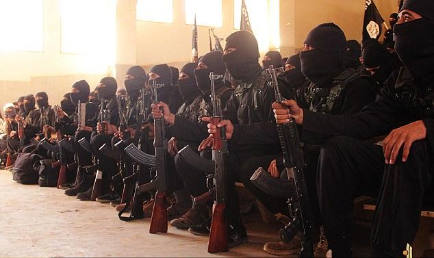 Khóa sát thủ đầu tiên của IS tốt nghiệp trường khủng bố - 1