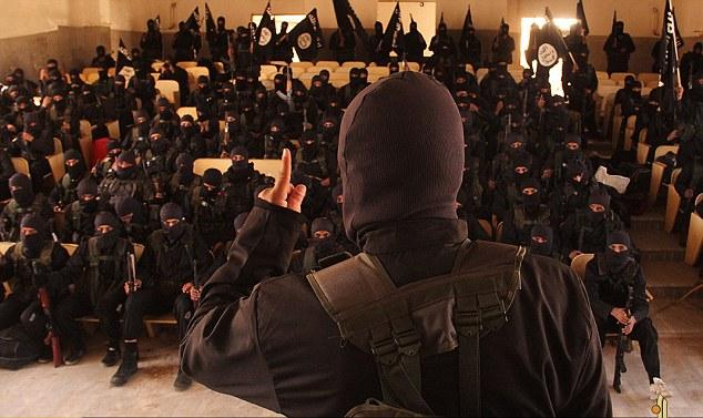 Khóa sát thủ đầu tiên của IS tốt nghiệp trường khủng bố - 2