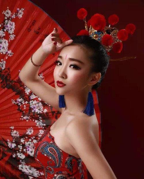 """Nữ game thủ xinh đẹp """"đốn tim"""" đàn ông Trung Quốc - 5"""