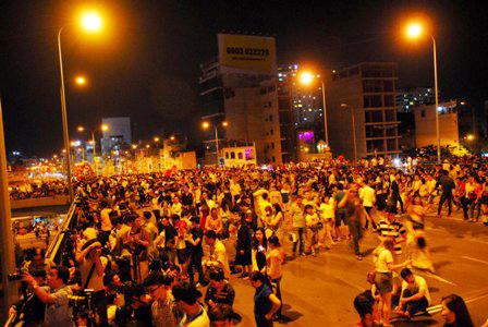 """Người Sài Gòn ngây ngất trong """"bữa tiệc"""" pháo hoa - 11"""