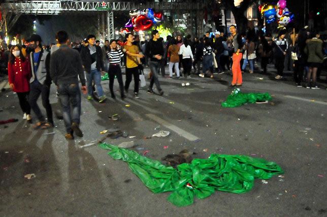 Ảnh: Hình ảnh xấu sau màn chào năm mới đẹp - 1