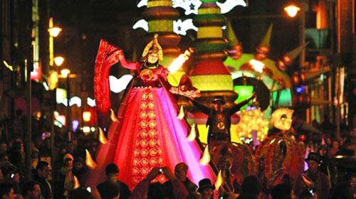 Phong tục đón năm mới kỳ thú trên thế giới - 1