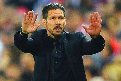 Không phải Mourinho, Simeone mới được MU theo đuổi - 1