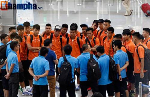 Xông đất Qatar, U23 Việt Nam ráo riết tập luyện - 1
