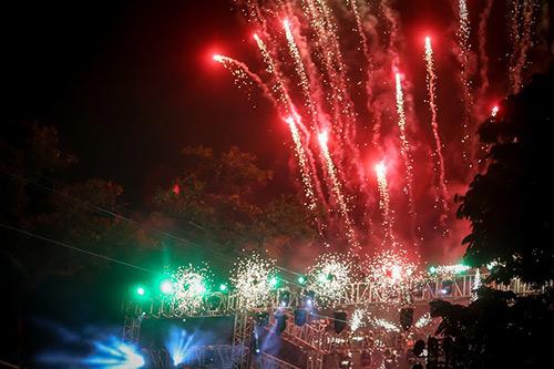 Mỹ Tâm quyến rũ khuấy động đêm sự kiện chào đón năm mới - 12