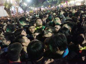 Tin tức trong ngày - Video: Đêm giao thừa nghẹt thở ở Hồ Gươm