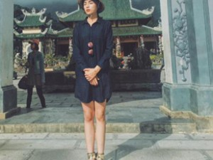 Đời sống Showbiz - Facebook sao 2/1: Hoa hậu Kỳ Duyên mặc phản cảm đi chùa