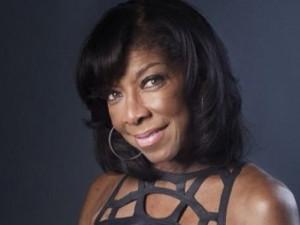 Nữ danh ca từng đoạt giải Grammy qua đời ở tuổi 65