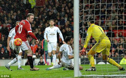 """Lập """"siêu phẩm"""", Rooney thành săn bàn số 2 lịch sử NHA - 1"""