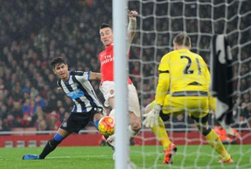"""Wenger: """"10 ngày nữa Arsenal sẽ có tân binh"""" - 1"""