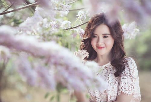 Midu đẹp rạng rỡ giữa rừng hoa anh đào - 3