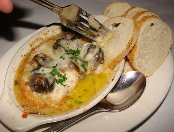 Món ốc sên mê hoặc trong ẩm thực Pháp - 5