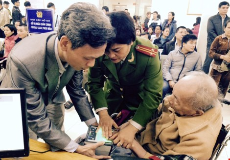 Hà Nội: Ngày đầu cấp thẻ căn cước công dân - 5
