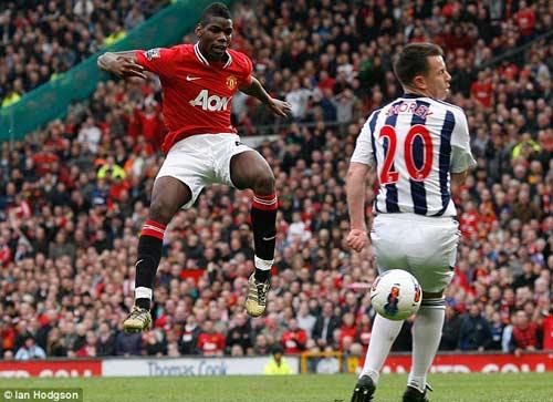 Rooney bị chê đá bóng như lão tướng 35 tuổi - 2