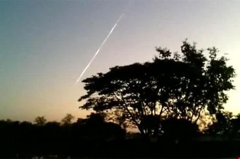 Thái Lan cũng xuất hiện nhiều vật thể lạ - 1