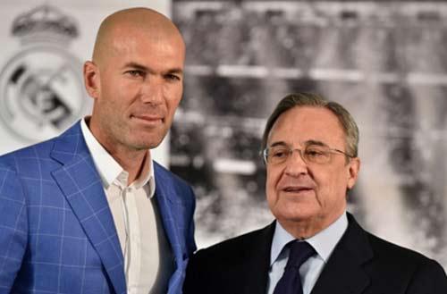 Ronaldo chăm chú nghe Zidane buổi tập ra mắt Real - 14