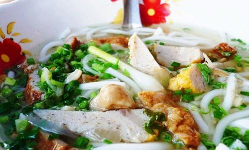Dạo biển Phan Thiết, thưởng thức ẩm thực khuya - 8