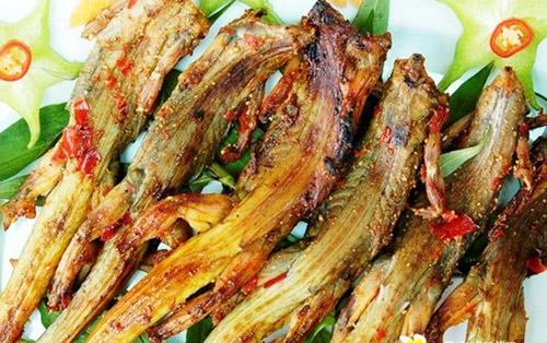 Dạo biển Phan Thiết, thưởng thức ẩm thực khuya - 10