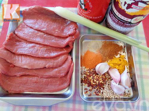Cách làm thịt bò khô miếng ngon hơn ngoài hàng để ăn Tết - 1