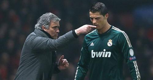 Mourinho mệt mỏi vì chờ đợi được dẫn dắt MU - 2
