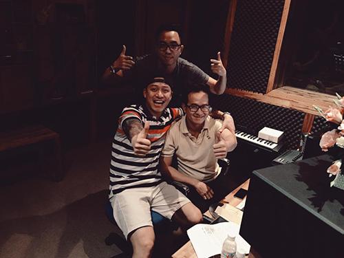 Facebook sao 5/1: Thùy Minh khuyên 'The Remix' nên bỏ MC - 8