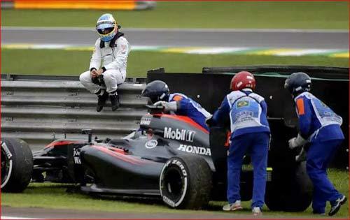 """F1: Những chiến binh tung hoành trên """"chiến xa"""" - 2"""